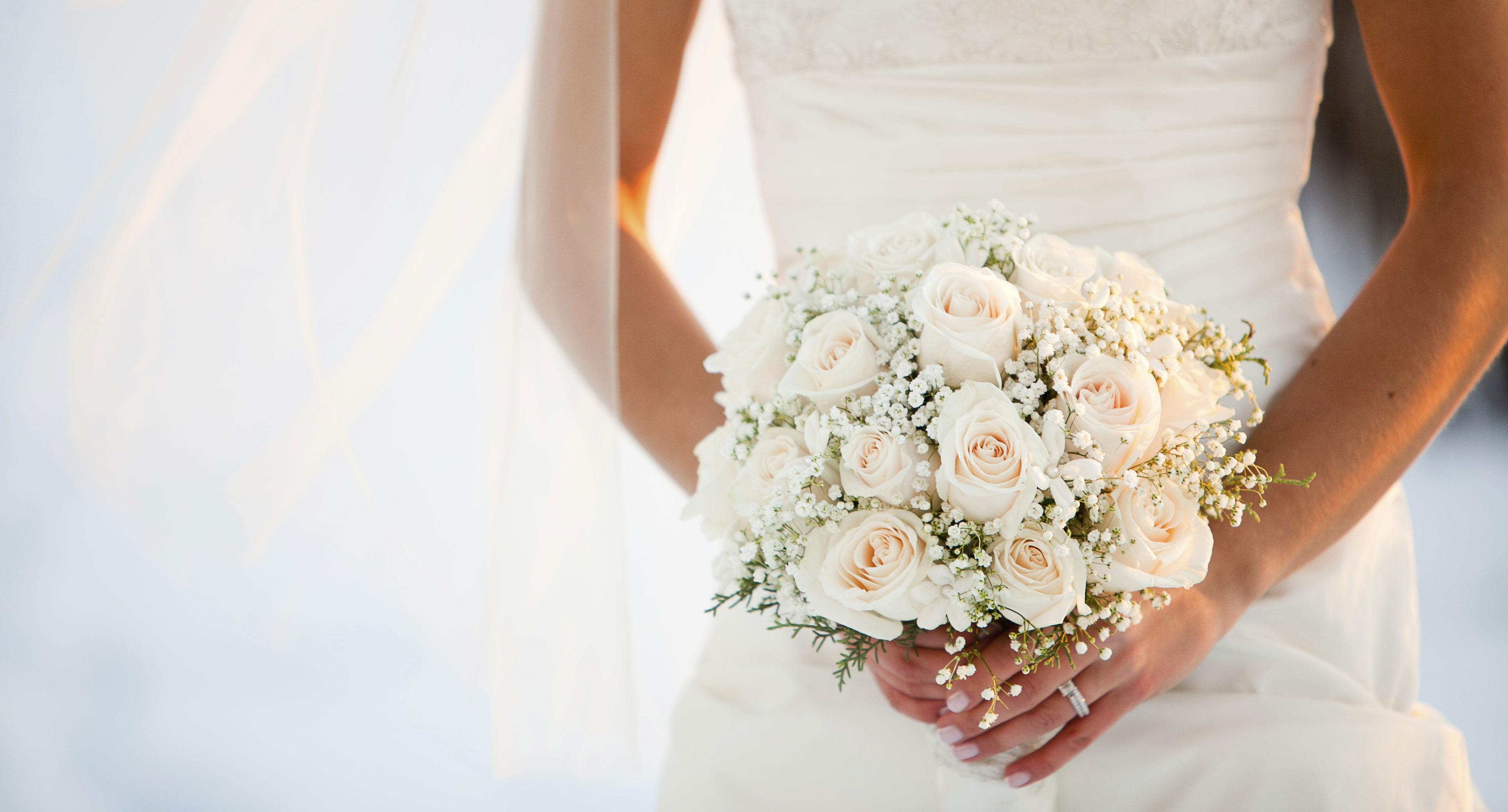 Bouquet de mari e tous les conseils pour bien le choisir for Comment faire la robe de mariage cupcake