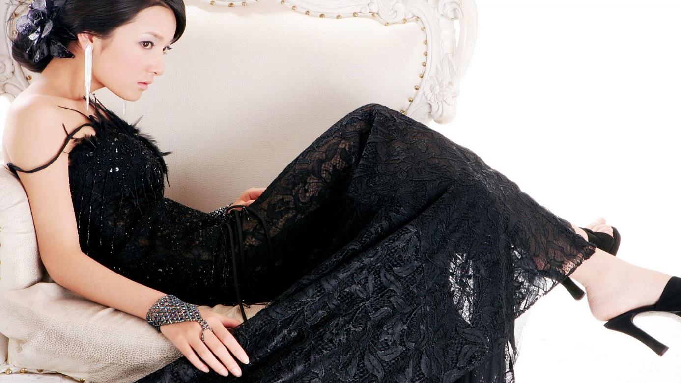 robe-robe-de-mariee-noire