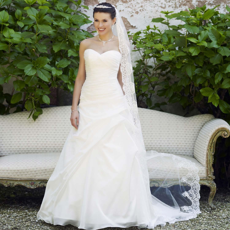 Acheter une robe de mariée : les erreurs à éviter
